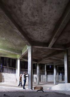 hugo häring, gut garkau, germany, 1923-1926. by seier+seier, via Flickr Minimalist Architecture, Organic Architecture, Architecture Details, Interior Architecture, Concrete Interiors, Concrete Forms, Ludwig Mies Van Der Rohe, Oscar Niemeyer, Urban Design