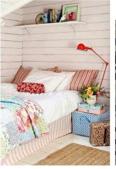 #Bedroom white florals wooden