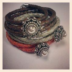 Leren armband gevlochten leer zeeuwse knop | Zeeuwse knop /hollandse kralen en sieraden | BEADLE, Kralen & sieradenwinkel/ webshop