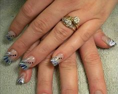 Sophisticated Nails for Summer... reminds me of Diana :)