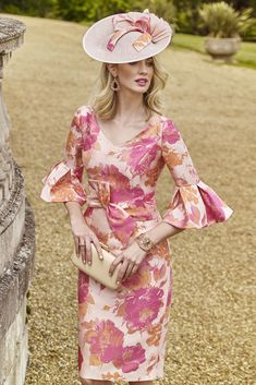 Inspired by Old Hollywood, this jacquard dress is defined by its exquisite floral print, perfect dress for mother of the bride or race days. Dresses Uk, Evening Dresses, Summer Dresses, Bride Dresses, Special Occasion Outfits, Occasion Wear, Mother Of The Bride Jewelry, John Charles, Rose Dress