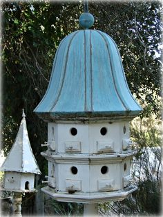 Lisa, is there a birdie in the bird house? Birdhouse Designs, Outdoor Living, Outdoor Decor, Garden Structures, Exterior, Animal House, Fairy Houses, Little Houses, Beautiful Birds