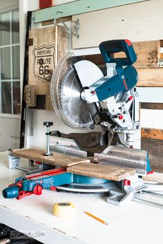 Learn about this Bosch miter saw with a special arm that doesn't take up space! A wonderful workshop power tool addition for home improvement projects. Bosch Miter Saw, Electronic Workbench, Best Woodworking Tools, Must Have Tools, Cool Inventions, Funky Junk, Diy Tools, Home Improvement Projects, Power Tools