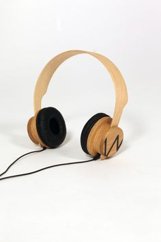 Wooden headphones - Niels Kroon