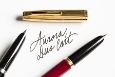 Need more information on the Aurora Duo Cart fountain pen? Check out our Quick Look at this vintage-inspired pen. Pin for later.