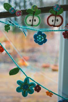 crochet flower garland by kbo, via Flickr