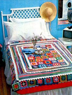 Vintage Crochet Pattern Granny Squares and Lace Afghan 1970s Retro - Lace Struck