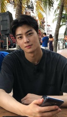 Who is this handsome, prince? This prince is named Cha Eun-woo😘😍🥰😍😘 Korean Boys Ulzzang, Cute Korean Boys, Korean Men, Korean Celebrities, Korean Actors, Celebs, Park Bogum, Jinjin Astro, Day6 Sungjin