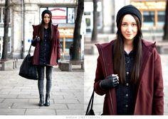 #warsawstreetfashion #warsaw #street #fashion #streetfashion #style #warszawa #ulica #moda #girl #woman #jeans #black #coat #red #lips #stylish