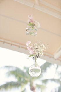 Pretty hanging vases!