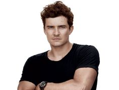 Orlando Bloom broke his spine at 21 yrs old. He uses Pilates to maintain his core strength to keep himself out of pain and active.