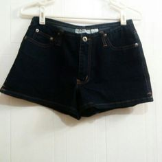 "Aeropostle denim short shorts size 4 Cotton, poly. & spandex blend. Dark wash. 5 pockets. Zip fly & button closure. Waist 28"". Rise 8.75""  . Inseam 2.25"". Great used cond.  Not a smoke free home. Aeropostale Shorts Jean Shorts"