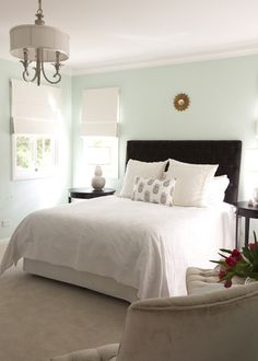 Tips for making master bedroom look bigger