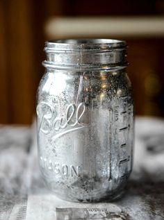 DIY: vintage mirror metallic mason jars