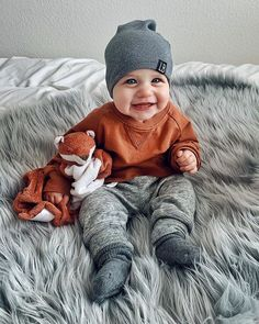 The happiest boy around is Eight Months Old 🧡 . Baby Girl Fall, Baby Boys, Baby Winter, Toddler Boys, Fall Outfits For Teen Girls, Cute Baby Boy Outfits, Toddler Outfits, Children Outfits, Little Boy Outfits