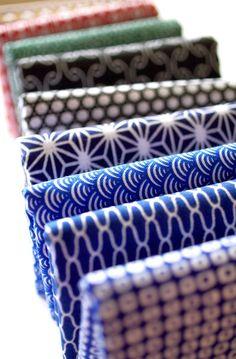 Japanese fabrics- like the simple designs. Looks like sashiko embroiedery Japanese Textiles, Japanese Patterns, Japanese Prints, Japanese Fabric, Japanese Art, Traditional Japanese, Japanese Kimono, Textile Patterns, Textile Design