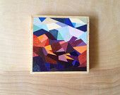 Artículos similares a Geometric Wall Decor- 5x5 Mini- Art Block on Wood Panel with faceted mosaic design- golds, oranges, white, blues en Etsy