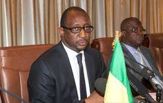 Mali : le ministre de la Défense limogé  - http://www.malicom.net/mali-le-ministre-de-la-defense-limoge/ - Malicom - Portail d'information sur le Mali, l'Afrique et le monde - http://www.malicom.net/