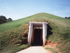 Ocmulgee Indian Mounds in Macon
