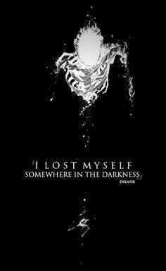 Je me suis perdu quelque part dans l'obscurité