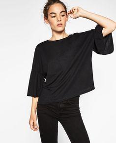 902fa178edbf Image 2 of TOP WITH RUFFLED SLEEVES from Zara Mode Zara