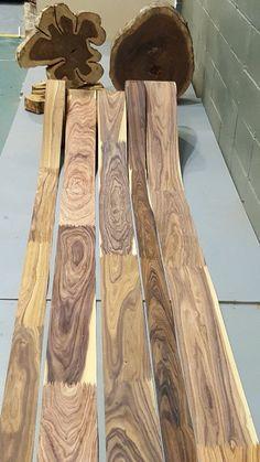 EGA Comercio de la Madera troncos de madera apilados