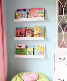 DIY shelves & cute reading area with beanbag