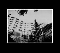 Hospital Central de San Rafael, fotografía estenopeica analógica de 15 cm x 21 cm montada sobre MDF negro de 24 cm x 28 cm - Valor:150=Click