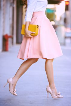 The color of this skirt and shoes reminds me of a mound of strawberry ice cream. :)