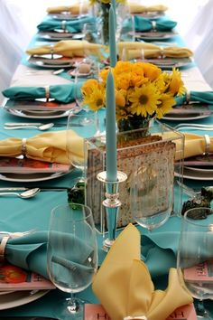 Beautiful Passover table setting...love the use of the rectangle vase.