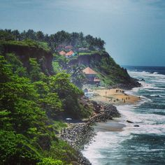 The coastal town of Varkala is the top traveller hangout in the tropical South Indian state of Kerala. Here's my round up of the best things to do and places to stay and eat in Varkala. Beautiful Sites, Beautiful Places To Visit, Cool Places To Visit, Places To Travel, Travel Destinations, India Travel Guide, Asia Travel, Solo Travel, Kerala Tourism