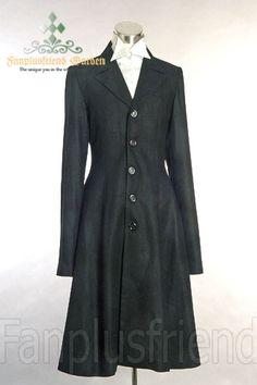 Elegant Goth Gothic: Heavy Wool Coat