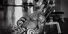 Microcicli, mesocicli, macrocicli: come pianificare l'allenamento  Una seria programmazione di allenamento è fatta di Microcicli, mesocicli, macrocicli, e settembre è il momento di pianificare un programma di allenamento che vada a coprire tutto l'anno #bodybuilding #fitness #IAFSTORE