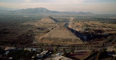 aerial-view-teotihuacan-P