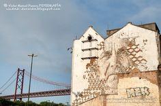 Lisboa, capital europea del arte urbano / Lisbon, european capital of Urban Art / Street Art Guide (Portugal) - via Ciudad-dormida 17.08.2016   No cabe duda de que Lisboa se ha consolidado en estos últimos años como verdadera capital de arte urbano. Tanto es así, que algunas publicaciones especializadas la consideran la sexta ciudad del mundo con más y mejor arte urbano. Efectivamente, extraordinarios artistas portugueses y muralistas del todos los continentes han transformado la capital...