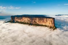 10 pics that will make you book holiday right now - Photo | Red Bull Adventure