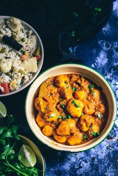 Mostly served with Luchis or Veg Pulao, Bengali Aloor Dum has this satiating blend of spices, creaminess of yogurt and the crispiness of potatoes. Aloo Recipes, Curry Recipes, Vegetarian Recipes, Veg Recipes, Recipes Dinner, Potato Recipes, Bangladeshi Food, Bengali Food, Indian Food Recipes