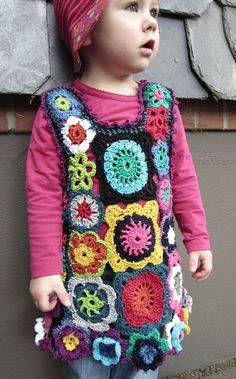Häkeln Tunika Trägerrock...Granny Square & Flower ... crochet girl dress tunic