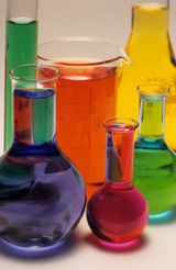 Calculating Concentration. Concentration Units & Dilutions; By Anne Marie Helmenstine, Ph.D. The concentration of a chemical solution refers to the amount of solute that is dissolved in a solvent.