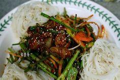 Asian Recipes, Ethnic Recipes, Vegetable Seasoning, Seaweed Salad, Japchae, Spaghetti, Pork, Food And Drink, Beef