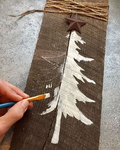 A tree story fromthepines artgoesfullcircle naturesinspiration Christmas Wood Crafts, Christmas Tree Painting, Primitive Christmas, Christmas Signs, Homemade Christmas, Rustic Christmas, Christmas Art, Christmas Projects, Winter Christmas