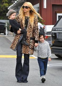 Celebrity stylist Rachel Zoe takes her sons Skyler and Kai out for lunch at the Brentwood Country Mart in Brentwood, California on January 18, 2016. Rachel also brought along her nanny to help her watch her sons.