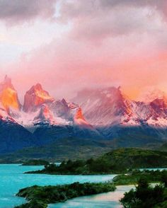 Patagonia is breathtaking. A #NaturalBeauty if we've ever seen one! Where is the most beautiful place you've ever been? Hotels-live.com via https://instagram.com/p/89XFslEgee/