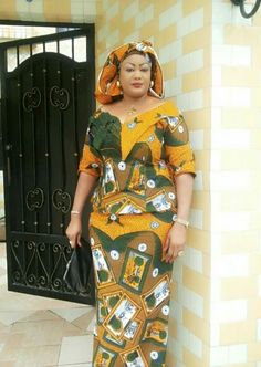 Ankara skirt and blouse style for wedding:Check out 55 stunning and creative ankara skirt and blouse you should Try out(Updated) Latest African Fashion Dresses, African Dresses For Women, African Print Fashion, African Attire, African Women, African Prints, African Clothes, Kitenge, Ankara Styles For Women