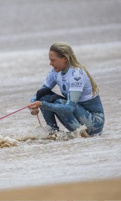 Laura Enever ( AUS) Roxy Pro France 2016
