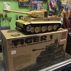How about a radio controlled tank that shoots air soft bbs? Remote Control Cars, Radio Control, Rc Tank, Hobby House, Tiger Tank, Bobe, Military Weapons, Panzer, 3d Printing