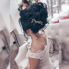 Прически и Макияж N1 Москва LA (@elstile) • Фото и видео в Instagram Lace Wedding, Wedding Dresses, Wedding Hairstyles, Fashion, Bride Dresses, Wedding Hairsyles, Moda, Bridal Wedding Dresses, Fashion Styles