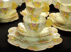 Paragon 16 PCs Flower Handle simplyTclub Tea cup and saucer PLATES
