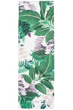 La Vie Boheme Yoga Palm Leaf Yoga Mat in Fiji