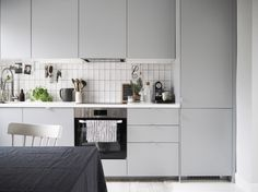 A before and after kitchen makeover – an ugly, yellow kitchen gets transformed into a light, bright, Scandi-inspired space with IKEA's Veddinge range